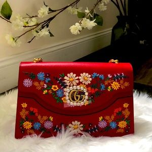 💯%Auth Gucci Red Leather Embroidered Shoulder Bag